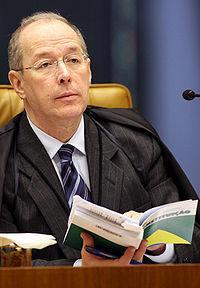200px-Ministro_Celso_de_Mello